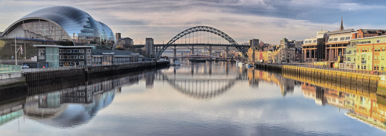 Tyne Tyne Bridge Bridgesaroundtheworld Newcastle Upon Tyne Gateshead Reflections In The Water Reflection Sage Panorama River Bridge - Man Made Structure Bridges Quayside Quaysidenewcastle North East North East England