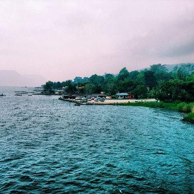 Beri salam kepada Danau terbesar dan terluas di Asia Tenggara ... Danau Toba Inub2824 Instanusantara Instanusantaramedan