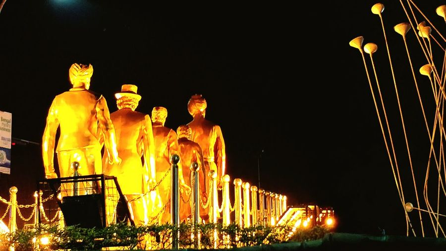 Statue Philosopher Streetphotography KolkataStreets Indian Heritage EyeEm Selects Magic Lights Architecture Didi Decor Decoration Night Outdoors No People Illuminated Sky EyeEmNewHere