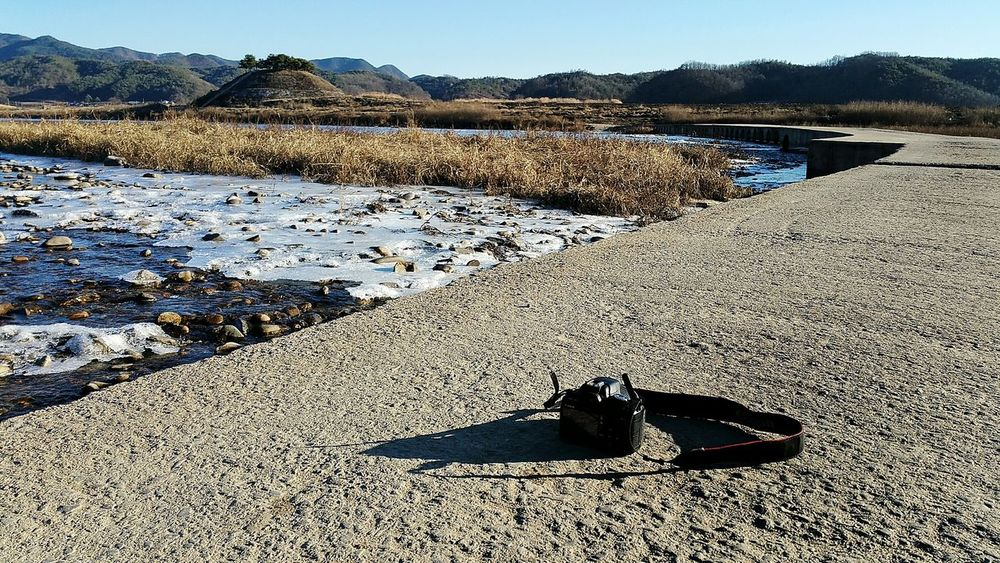Beautiful day for a walk along the river... Traveling Travel Photography Blue Sky River River View Hillside Andong Freelance Life Frozen Lake Things I Like Telling Stories Differently