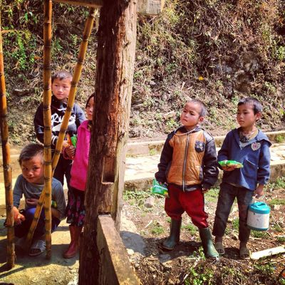 Hmong kids, always begging for money not candy! Hmong Kids Tribe Travelling