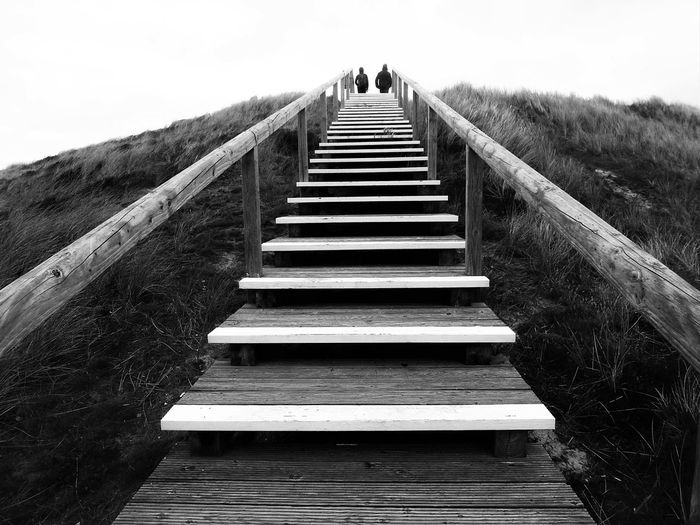 Aufwärts ... Fine Art Photography Sylt Strand Black And White Photography Black And White Black & White Monochrome Minimalism Stairs Fine Art Sylt 2016 Upstairs Stairs To Heaven Bnw_collection Eye For Details Fatherhood Moments People And Places Monochrome Photography waiting game Welcome To Black Long Goodbye The Secret Spaces TCPM Breathing Space The Week On EyeEm A New Beginning A New Perspective On Life