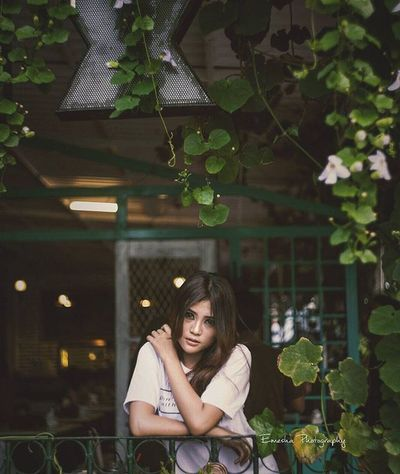 Thankz to Exodussurabaya Ekspedisimodussurabaya Ekspedisimodus @naythea.lenzy as model When you meet someone special, you'll know. Your heart will beat more rapidly and you'll smile for no reason. Potrait Potratiture Canon 5dmk2 Lens 50mm14 50mm Beautiful Beauty Girl Women Mood Smile Sexy Curve Shape Indonesiangirl Cute INDONESIA Quotes Instamood Modeling surabaya