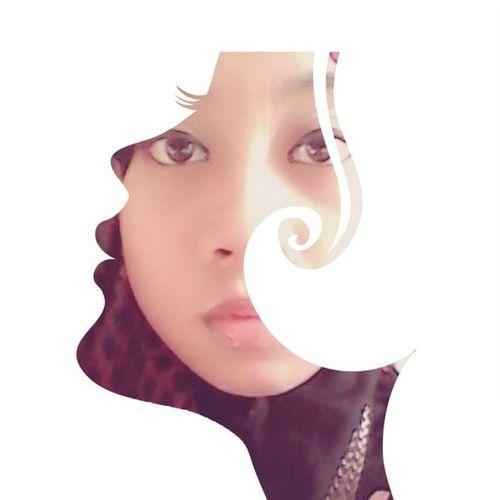 When u look deeply into my eyes u can know the truth personality inside me.. Assalamualaikum Mornink Kesayangan Uolss .. celoteh dipagi hari