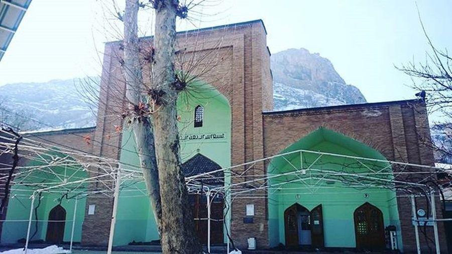 Süleyman Dağının Eteğinde Bir Cami Ravat Abdullah Mescidi