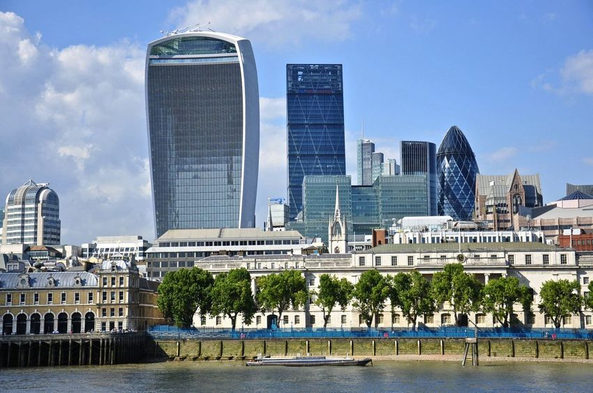 England & Scotland England U.K. England 🇬🇧 England 🌹 England, UK Great Britain LONDON❤ London River Thames Thames River Architecture Built Structure England🇬🇧 English Financial District  London City London_only No People Office Building Exterior River Thames Skyline River Thames Bank Skyscraper Transportation Travel Destinations Waterfront
