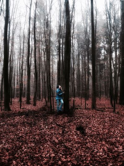 Orange Color Real People One Person Outdoors One Woman Only Nature Fog Foggy Mist Adults Only Scenics Forest Tree Landscape