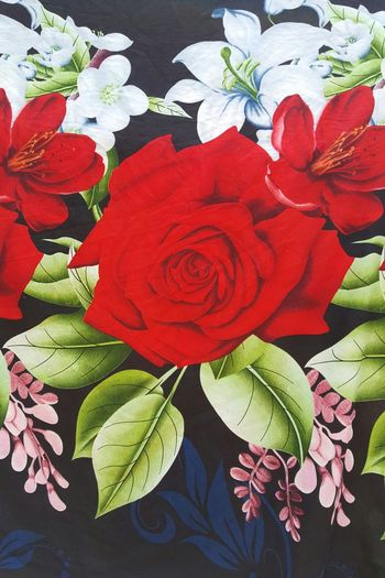 Check This Out Taking Photos Enjoying Life Relaxing Hello World Eyeem Photography EyeEm Gallery Bed Sheets Bed Spread EyeEm Flower Eyeemphotography Eyem Gallery Rose🌹 Rose - Flower Fabric Art Fabric Detail Bed Cover Floral Print Floral Pattern