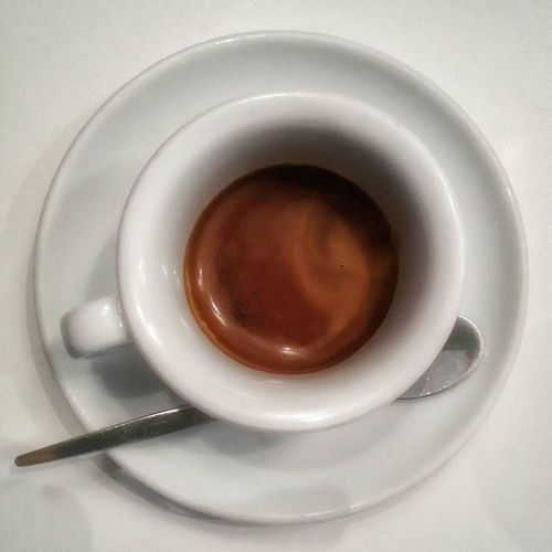 Calendario dell'avvento - giorno 2 Coffee Coffe Coffeetime Coffeeaddict Caffè Caffeine Relax Bar Coffebreak Coffebar Ptitzelda2015 Ptitzelda2015day2 Igersitalia Igersoftheday Onthetable Instagram Instagrammers Sephorabeautywishes