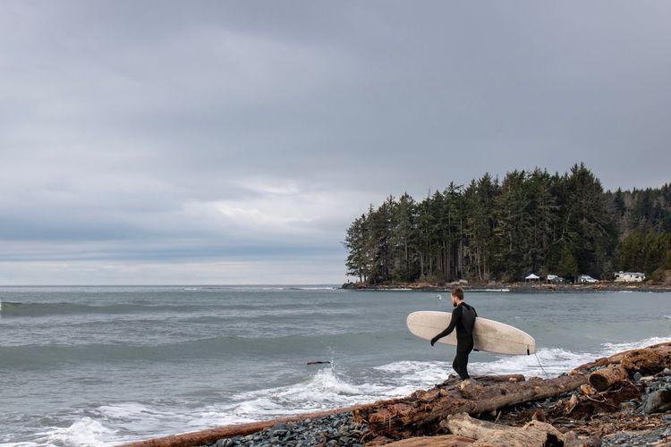 Surfs up Surfer
