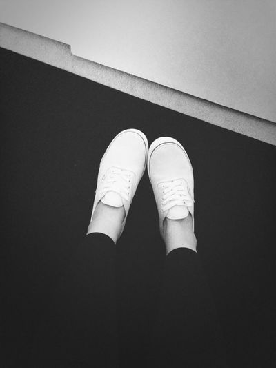 Does Anyone Else Not Wear Socks With Their Vans...