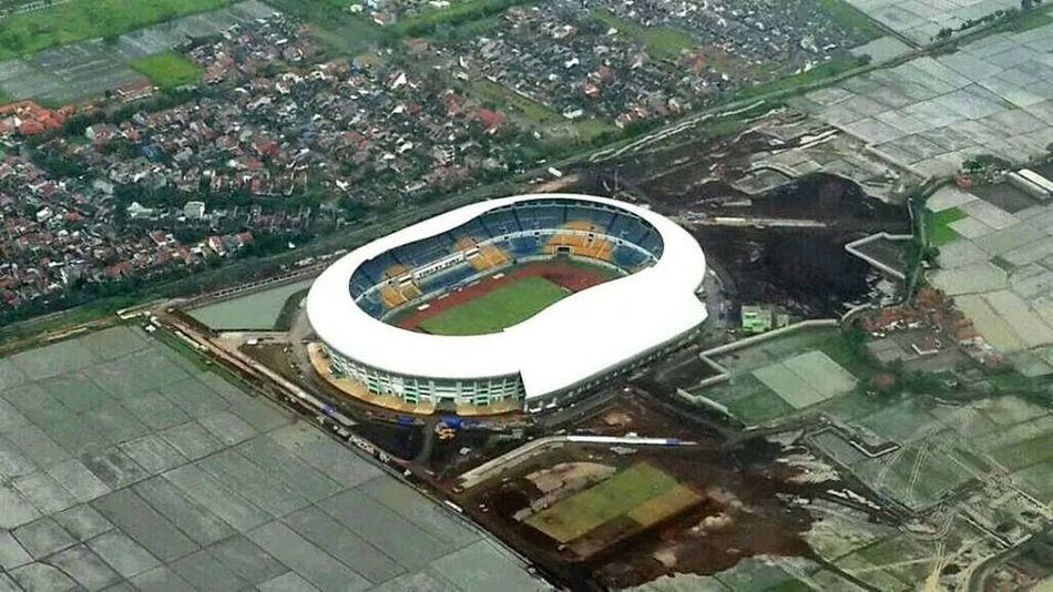 Gede Bage Stadion (Bandung) part 2
