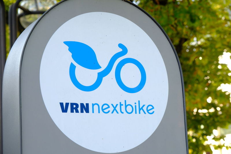VRNnextbike station symbol. Founded in Leipzig in 2004, Nextbike is an urban mobility service provider operating public bike sharing schemes Green Energy RENT Rent A Bike Bike Sharing Bike-share Bike-sharing Bikeshare Bikesharing Close-up Communication Green Power Information Sign Mobility Nextbike No People Outdoors Rental Rental Bicycle