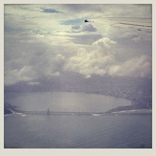 Worli Sea Link Mumbai as seen from 2500 ft, aboard flight 9w618 . Poor quality is due to visibility and weather and absence of an adequate filter/app to iron it out.