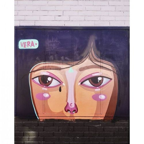 Vera❤ Graffitiart Graffiti Womancry UrbanART Urbanphotography Streetphotography Lacandelaria Bogotá Caleñaenbogotá Caminandoando Huaweicolombia Huaweip7 Vscocam