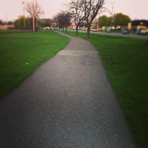 Still had some energy after kickboxing... So I'm outchyeeaaaa run 1, walk 1 Run Cardio Fit WaitTiligetslimmER park nature