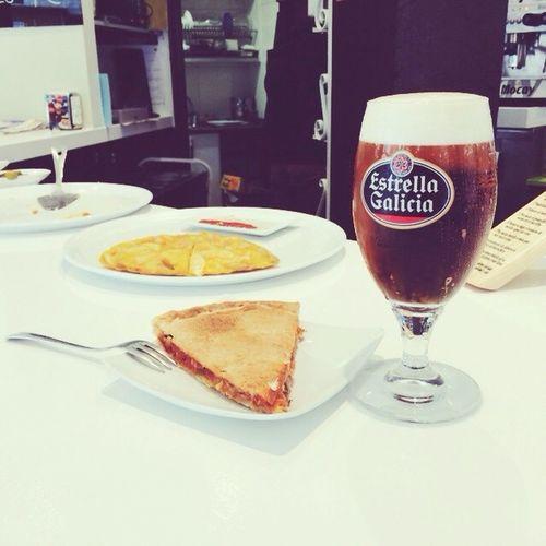 Hoy menú gallego, a la salud de @davichi75 ;)
