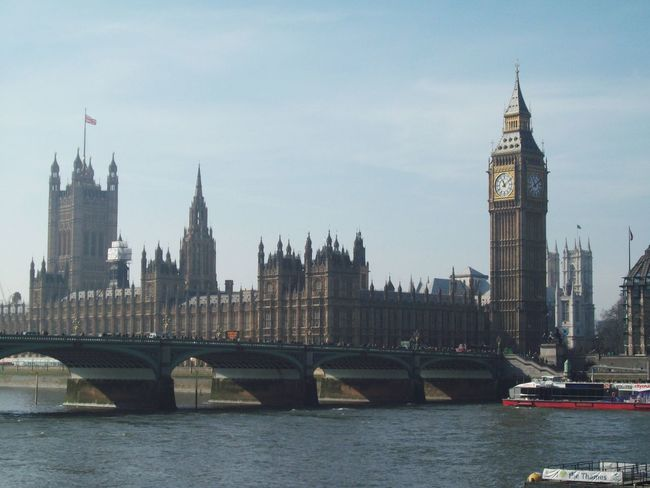 My trip in london Bigben London England Trip Architecture Traveling English Heritage Lakeside Tamise