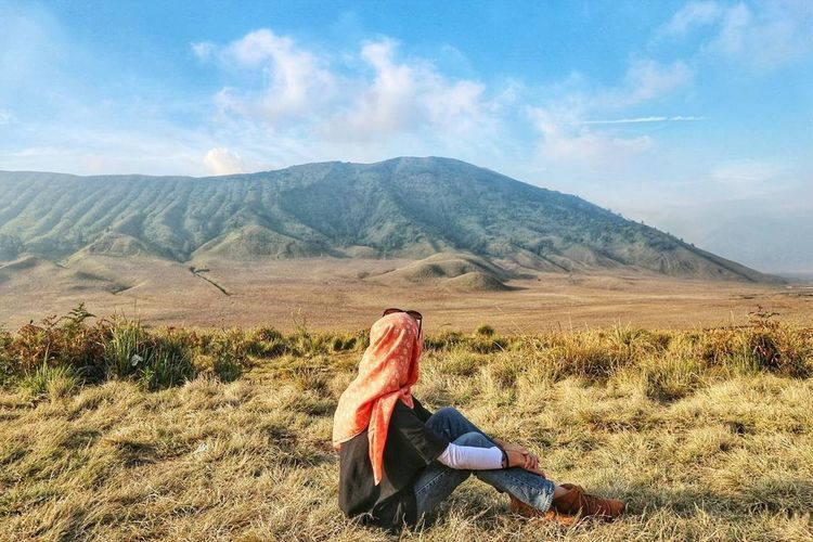 Bukit Teletubbies - Savanna, Bromo, East Java, Indonesia (2017) Mountain Outdoors Sky Nature Day Cloud Beautiful Place BukitTeletubbies Savanna Bromo Indonesia Scenery Visitindonesia Visitmalang Exploreindonesia Exploremalang Explorejatim Eastjava Eastjavatourism INDONESIA Been There.