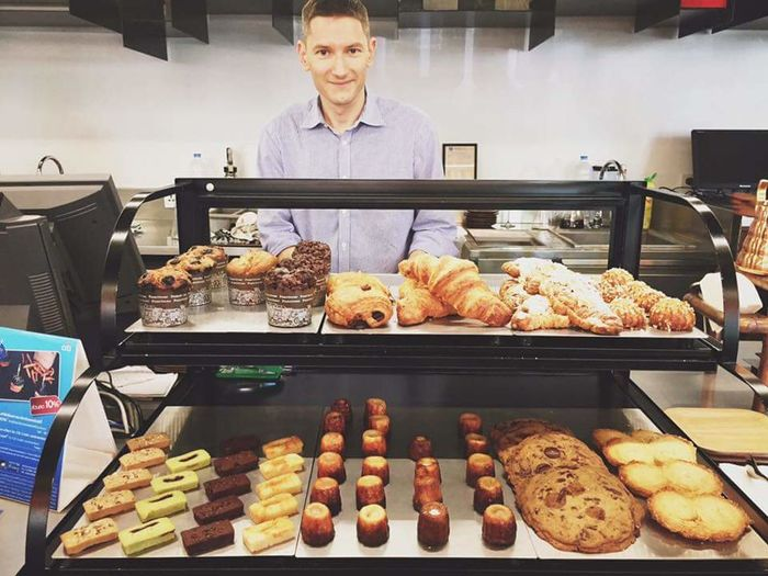 ☕🍪🍞Hello World Handsome Man Handsome The Coffee Shop Coffee Time Coffee Coffee Shop Open Edit Good Morning Smile Beatiful Smile People Happy People Photography