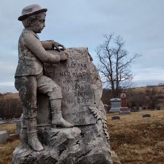 Graveyarddead ??