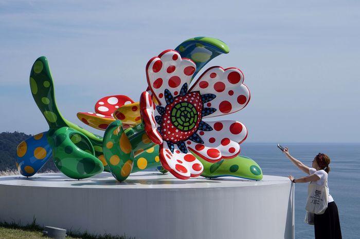 Sky Sea Blue Travel Destinations Art Yayoi Kusama Flower Taking Photos From My Point Of View Nature Eye4photography  Women Around The World Outdoors 草間彌生 Reborn-art festival 『真夜中に咲く花』