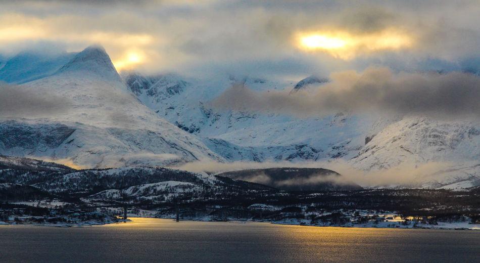 Mountain range Børvasstindan in Bodø, Northern Norway. Landscape Majestic Mountain Mountain Range Non-urban Scene Outdoors Physical Geography Reflection Scenics Snow Sunshine Tranquil Scene Weather Winter