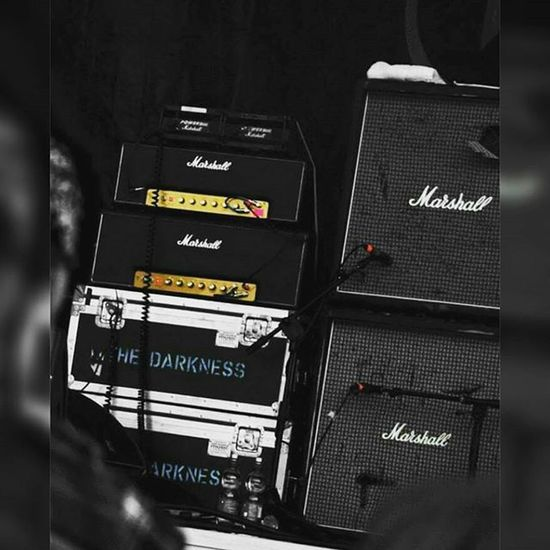 Thedarkness Music Live Marshall @yvonnekehoe @vickycinnamon @aaron_o_leary