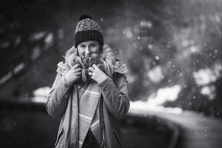 Artistic and natural portrait of beautiful woman in the nature. Woman Face Portrait Beautiful Beauty Smile Female Girl Young Hair Natural Nature Outdoors Skin White Happy Attractive Background Lifestyle Fashion Cute Winter Black And White Bled Lake Slovenia Front View One Person Holding Child Childhood Looking At Camera Real People Warm Clothing Clothing Waist Up Leisure Activity Girls Focus On Foreground Hat Lifestyles Day Snowing Innocence Teenager Scarf