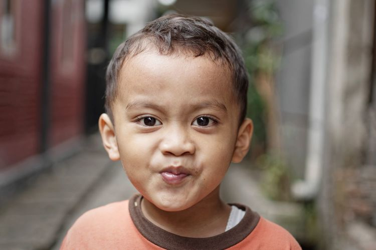 Okay, your time is up, I will back to my business now Bandung Shooter Indonesian Shooter Childhood Close-up Day Focus On Foreground Front View Headshot Human Face Looking At Camera One Person Outdoors People Portrait Real People