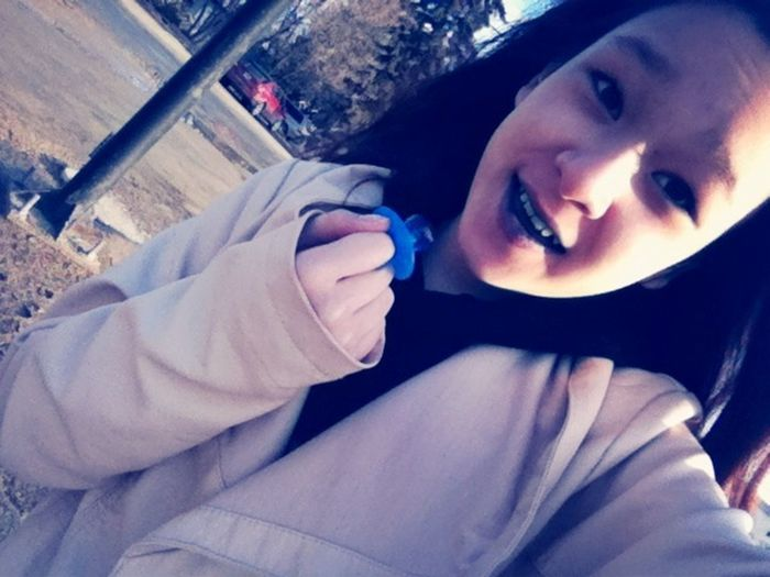 Eating a ring pop:)