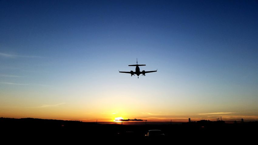 Airplane Sunset Airport Runway Quick Pic Livefreeordie Landing Nature On Your Doorstep Smalltownlife Nashua