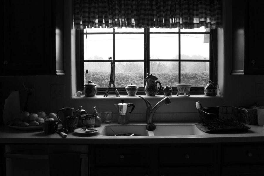 Bw Kitchen Window Dishes Kitchen Window Morning Windows