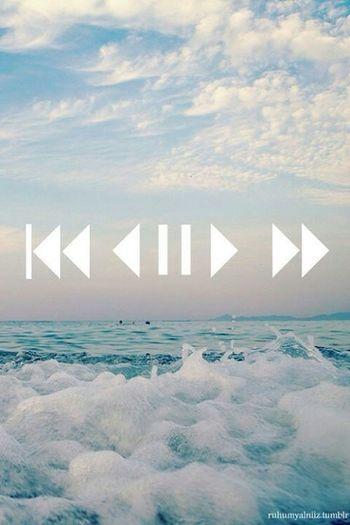 Play Music. Cool Beach