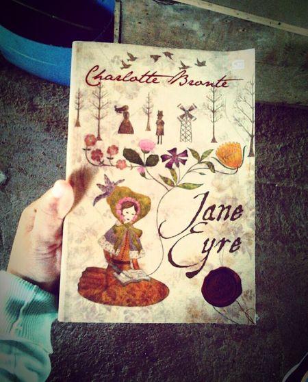 Jane Eyre, Charlotte Bronte What I'm Reading #goodbook  100booksin365dayschallenge 100booksyoumustreadbeforeyoudie