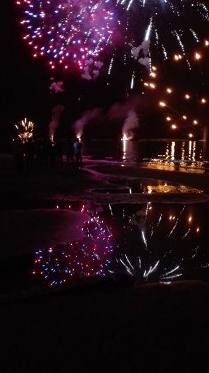 Fireworks Fuochi D'artificio  Labellavita Vacanze Amici Friends Color See Mare Notte Troppobello Lamiacitta Ilmiocuore Hello World Portosangiorgio Proloco