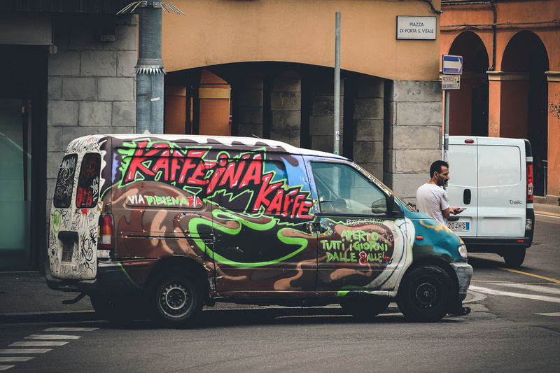 Street Art on Wheels. Bologna, Italy. Nikon D7100   70mm   1/250 sec   f/4   iso 100 Wanderlust, Streetart, Streetphotography, Urban Exploration, Art On Wheels.