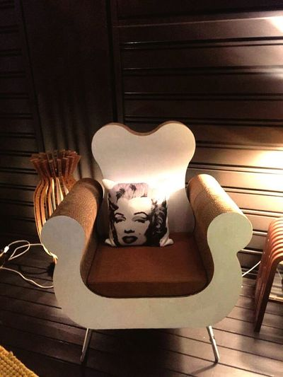 Armchair Artistic Design Human Representation Cushion Close-up Indoors  Night Shot Marilyn Monroe Icononic Style Interior Design Furnishings Furnishing Accessories Night Light Artistic Decoration Illuminated One Woman Only Portrait Of A Woman Beautiful Woman No People