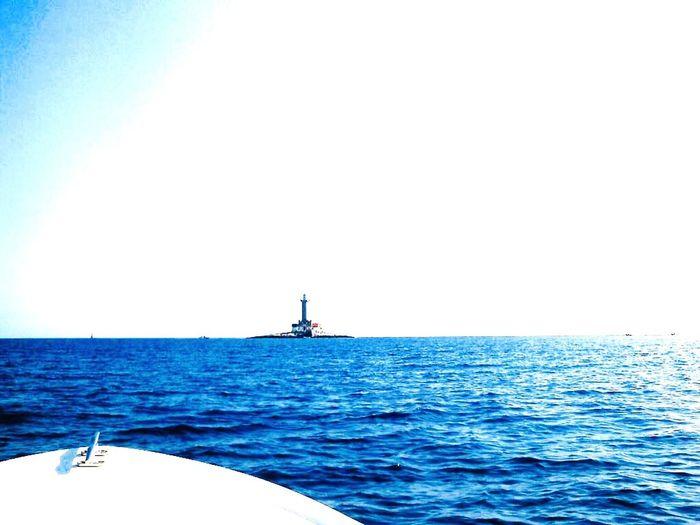 Faro di porer Porer Sea Water Sky Nautical Vessel Horizon Over Water Horizon Beauty In Nature