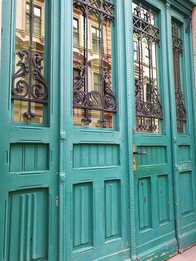 The Door Green Color Green Door Green Gate Old Door Door Architecture Full Frame Day Outdoors Pattern No People Built Structure Wood - Material Building Exterior Close-up