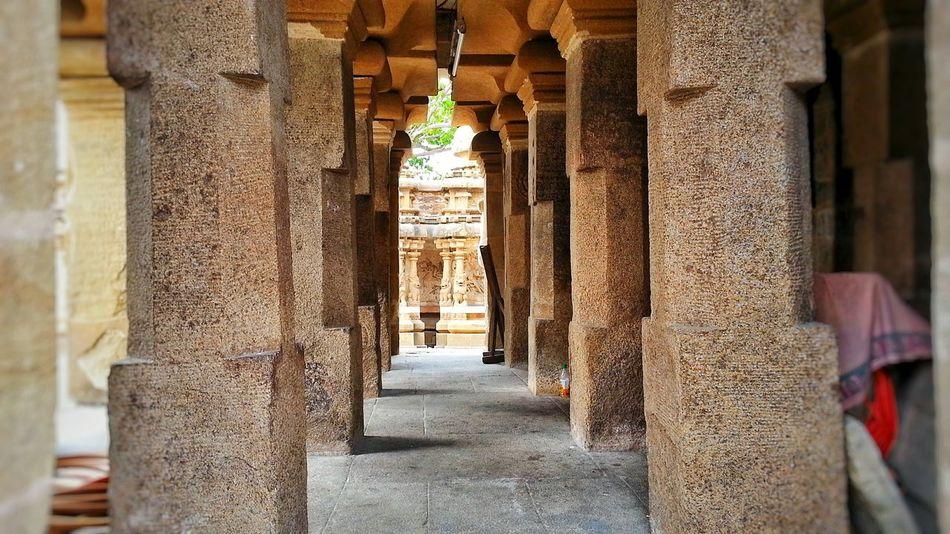 Shadows & Lights EyeEm Best Shots I Show The World What I See Deceptively Simple Check This Out! Perfection❤❤❤ Architecture_collection Statues And Monuments Historical Art Historical Monuments 100 Years Temple Architecture Pillars Stone Pillars Sand Statue Beautifully Organized
