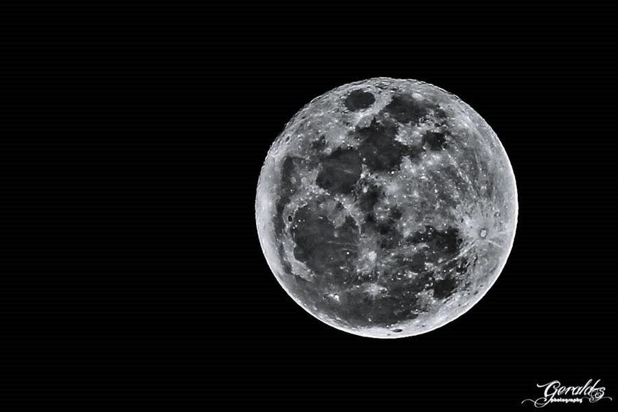 Happy full moon..;) Taking Photos Sky Moon