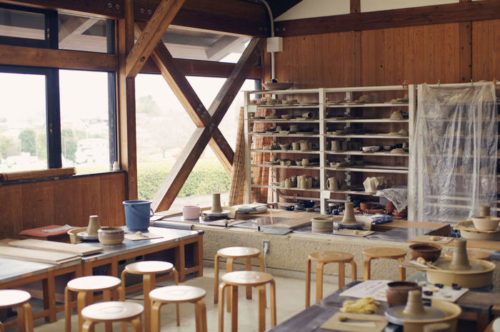 Pottery Crafts Potter Potterhead Working Workshop Workshop View Architecture Craft Craftsmanship  Day Indoors  No People Pottery Pottery Art Shelf Table Technology Window Wood - Material Workshops