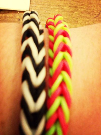 The Rainbowloon Bracelets # Blackandwhite Redandgreen