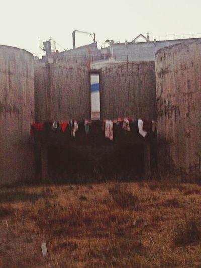 Άλλοι κάνουν μπουγάδα και εμείς παράσταση...