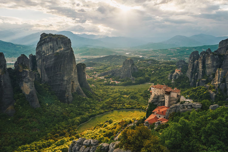 Beauty In Nature Day EyeEm Nature Lover EyeEmNewHere Greece Landscape Meteora Meteora Greece Mountain Nature Outdoors Scenics Sky Tranquil Scene Tranquility Travel Destinations