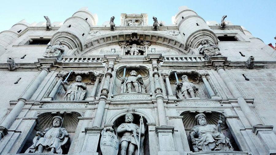 Burgos Puerta De Santa Maria Art Architecture Sculpture Retablo