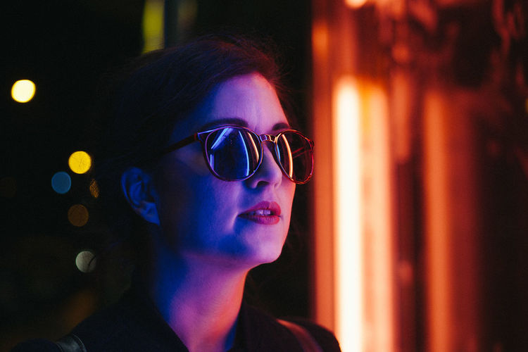 Judit Colors EyeEm Best Shots OpenEdit Portrait Of A Woman VSCO Canon Canonphotography Cinema Cinemaphotography Colorfull Eyeglasses  Lifestyles Night Portrait Vscocam Women