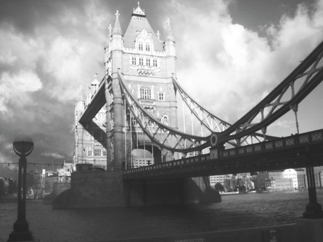 Le Tower Bridge  a London Bridge Architecture Culture English Heritage Blackandwhite Black And White Black & White Traveling