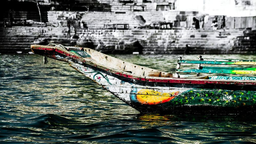 Colour Of Life Colorful Boat Riverbank River Lively Selective Color Many Colors